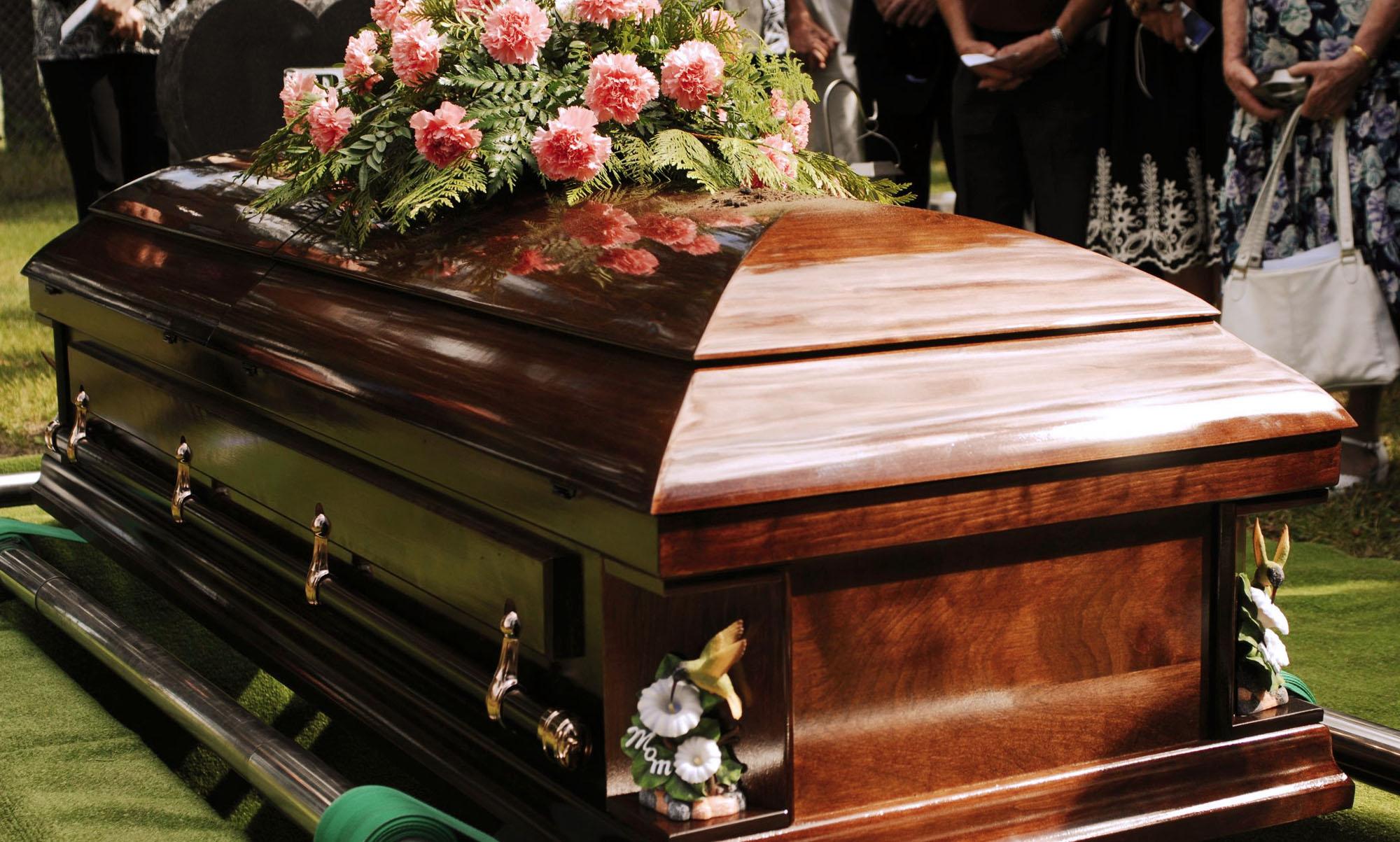 Cum să alegi pachetul de servicii funerare